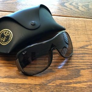 Ray-Ban RB4901 Sunglasses - Discontinued